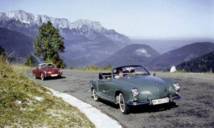 Zwei Jahrzehnte lang sorgten Volkswagen Karmann Ghia Typ 14 Coupé (1955 bis 1974) und Cabriolet (1957 bis 1974) für emotionale Momente.