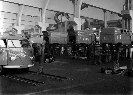A_0564 Transporter Produktion Wolfsburg 1950