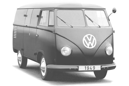 Hinter verschlossenen Türen feiert 1949 ein ziemlich rundlicher Prototyp des T1 Premiere.