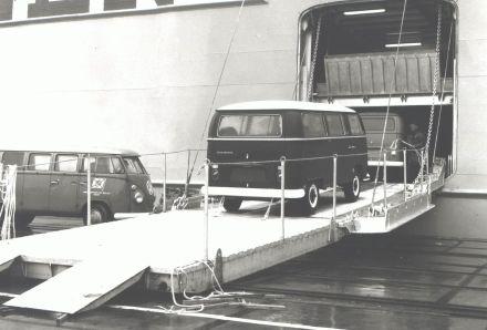 Anfang der 70er kann Volkswagen Rekordabsätze verzeichnen. Sowohl der Export nach Nordamerika, als auch die Märkte in Latein- und Südamerika boomen.