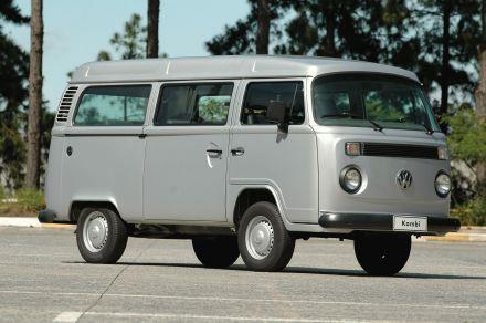 """Mit einer limitierten Ausgabe von nur 200 Fahrzeugen läutet die Kombi-Serie Prata das Ende der Produktion des """"Luftmotors"""" von Volkswagen do Brasil ein."""
