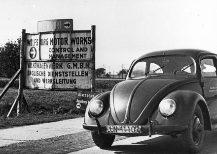 Werksschild Wolfsburg Motor Works.